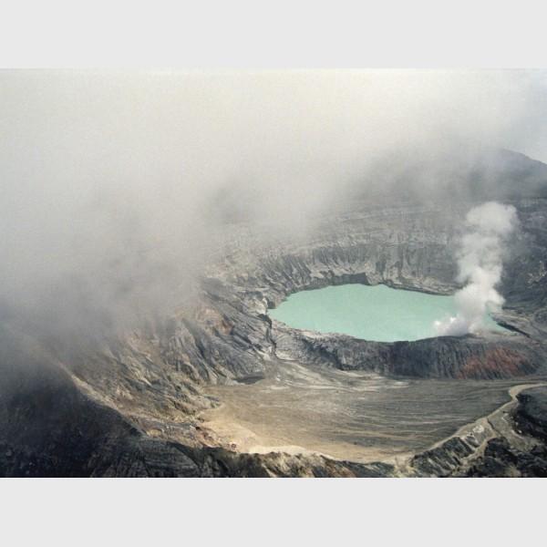 Volcan Poas - Costa Rica, 1998